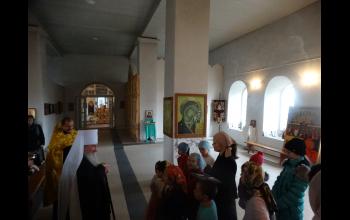 Воспитанники воскресной школы подготовили для гостей приветствие