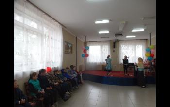 Песня о России в исполнении воспитанниц воскресной школы