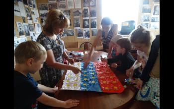 Изготовление флага Российской Федерации